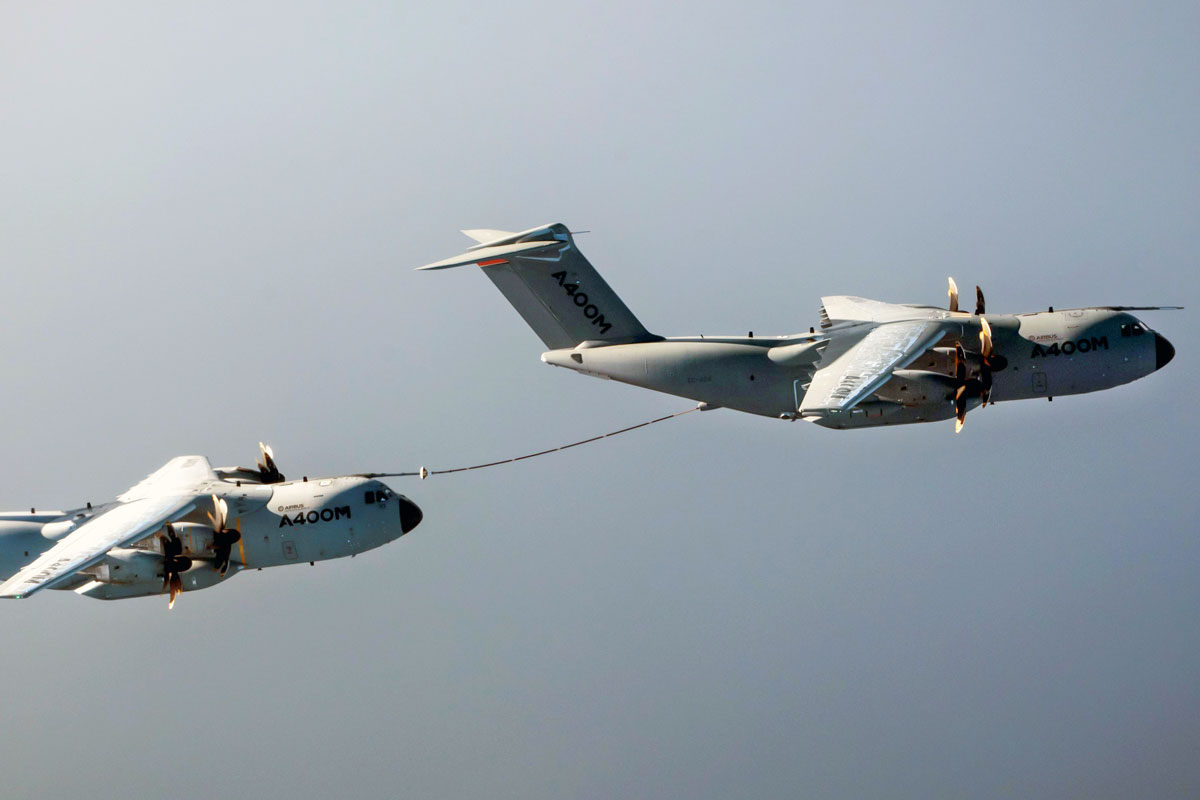 Airbus A400M Demonstrates Cobham's Aerial Refuelling System