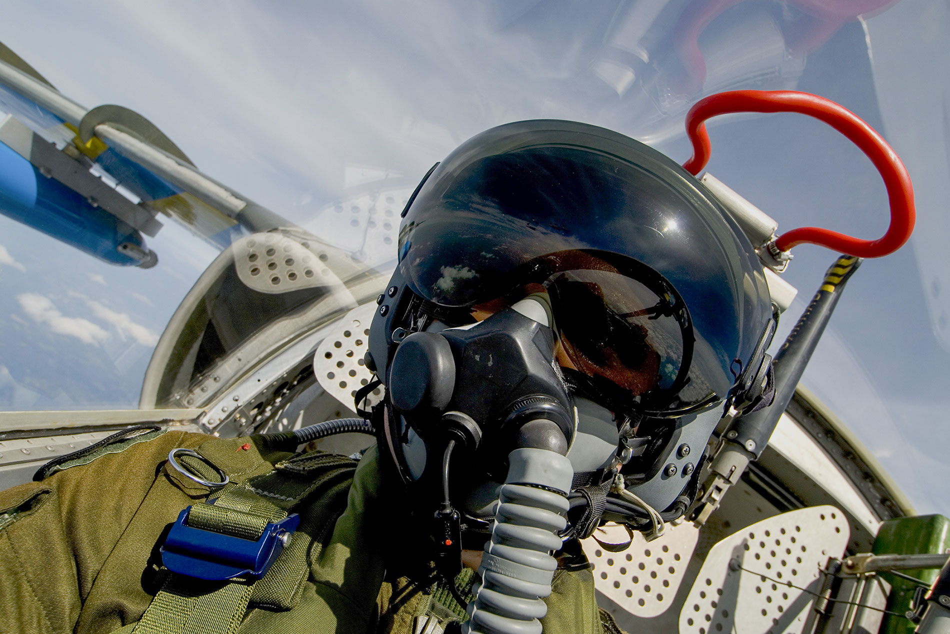 Cobham Completes Development of Pilot Breathing Sensors